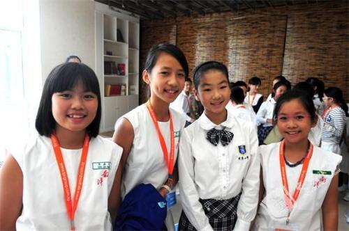 新加坡留学申请条件要求(高中,大专,研究生)