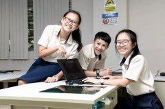 初中毕业如何去新加坡留学?(3个途径介绍)