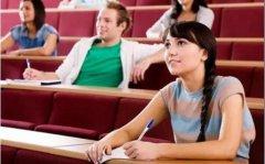 加拿大College学院相当于国内大专吗?